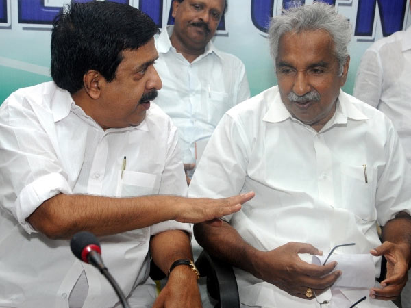 chennithala-oommen-chandy